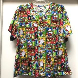Peaches Uniform Scrub Top Holiday Christmas Large